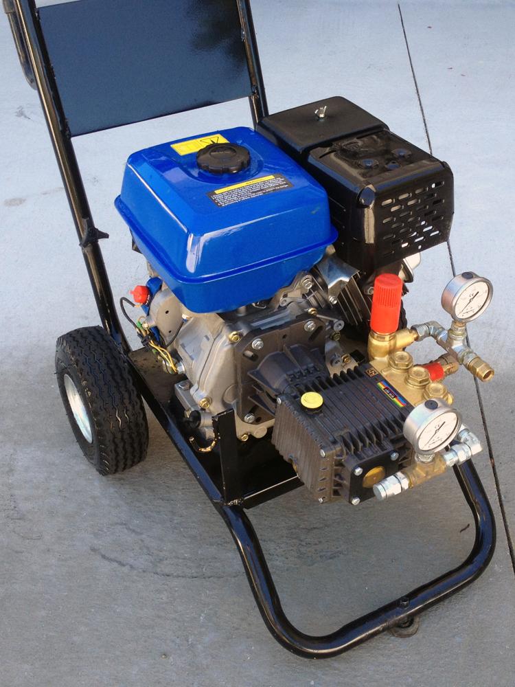 Water Blaster 2500psi Petrol Hireline